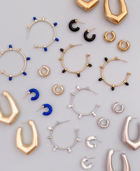Kendra Scott apparels