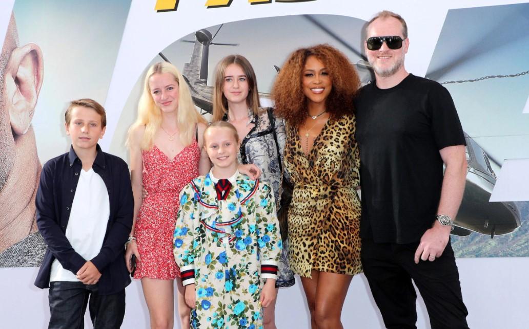 Eve family