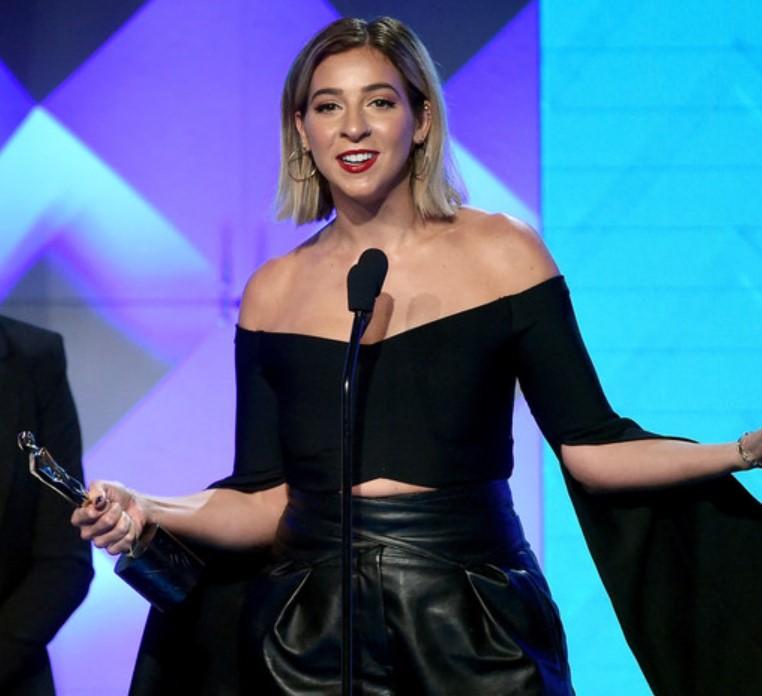 Gabbie Hanna awards