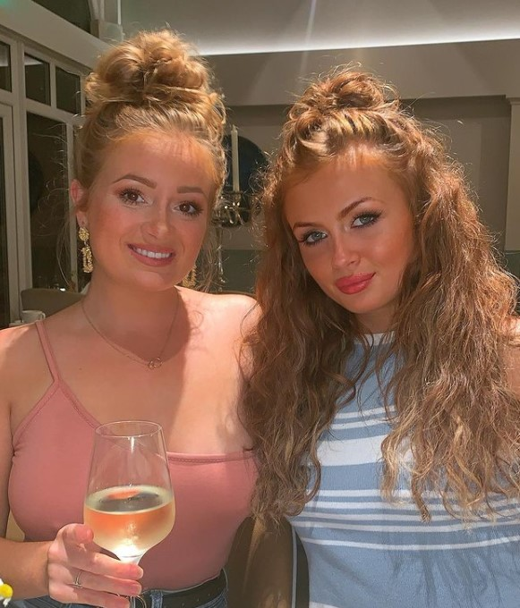 Maisie Smith siblings