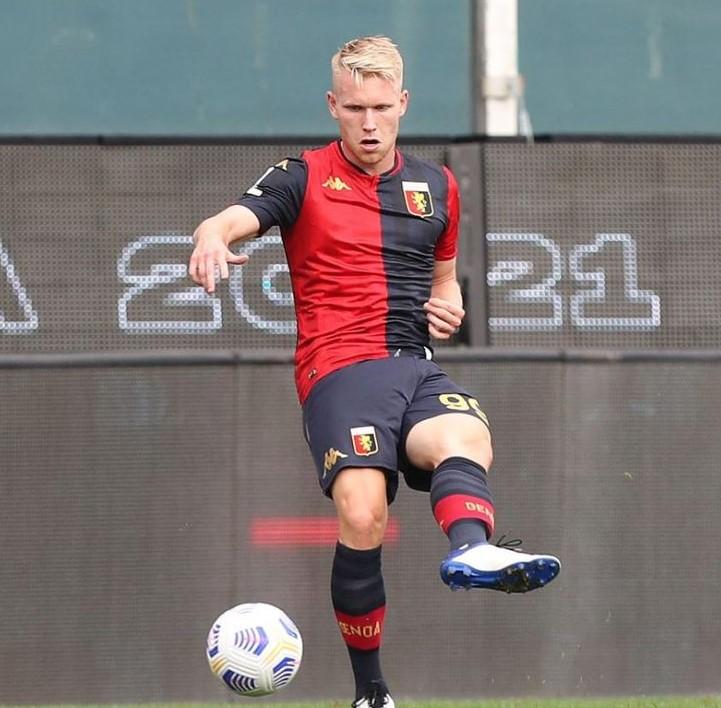 Lennart Czyborra Genoa