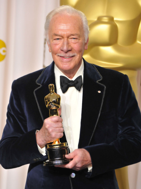 Christopher Plummer with Oscar Award
