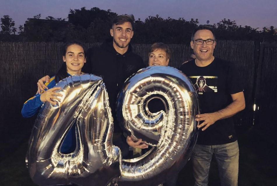 Oscar Mingueza family