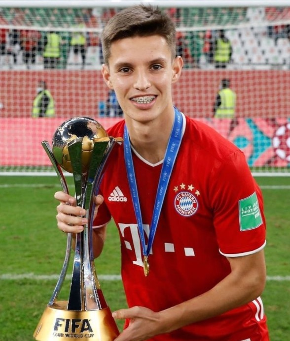 Tiago Dantas Bayern Munich