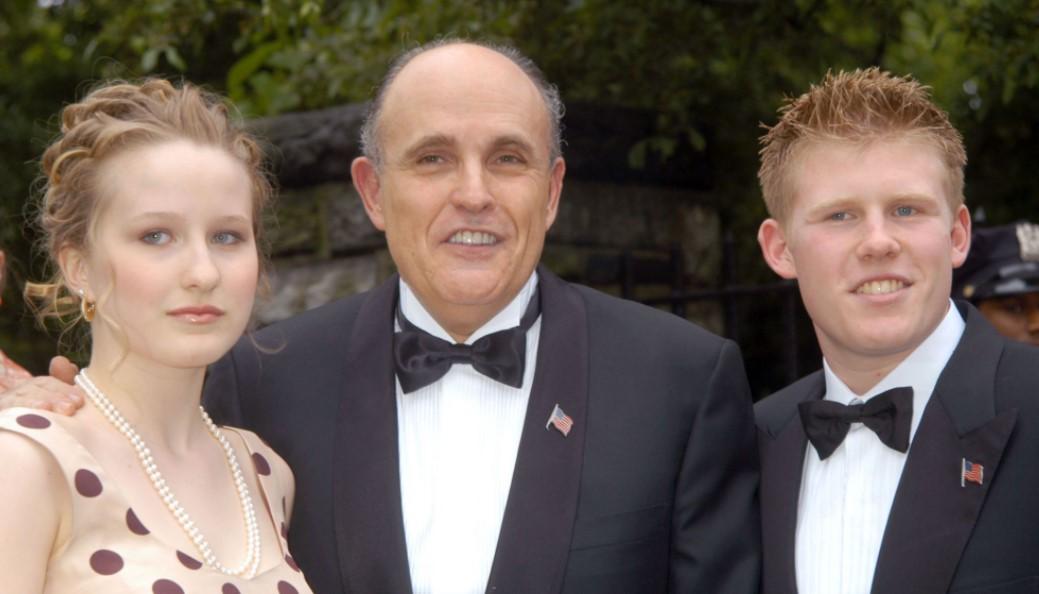 Caroline Giuliani father