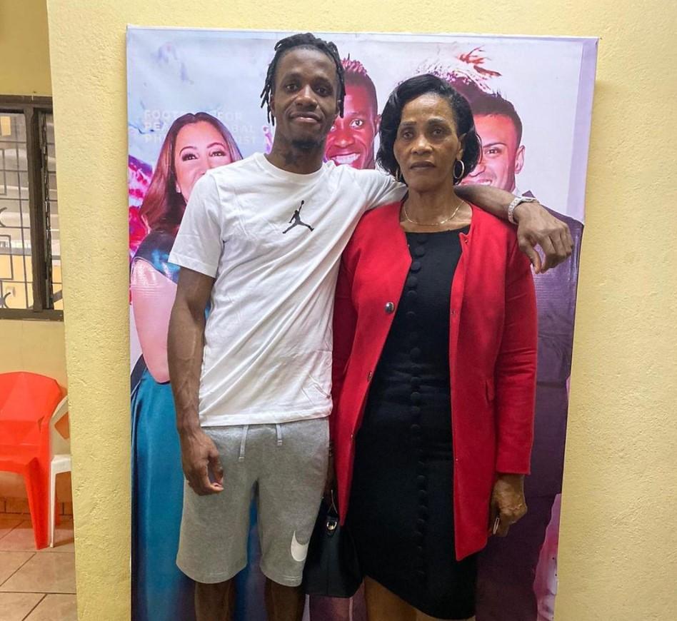 Wilfried Zaha mother