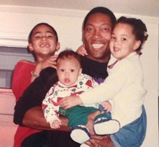 Aaron Gordon with his father, Ed Gordon and his siblings