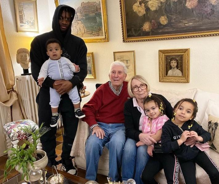 Allan Saint-Maximin family