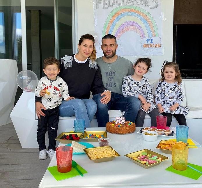 Jorge Molina family