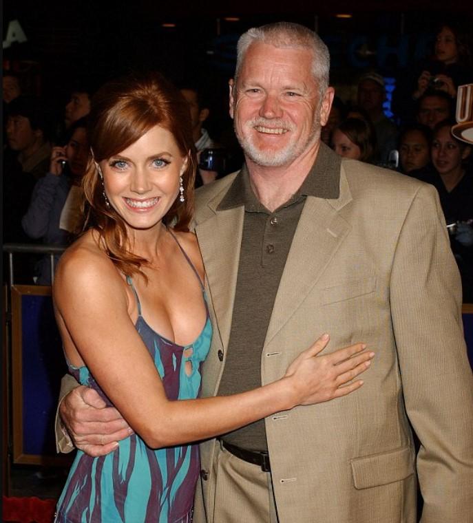 Amy Adams father