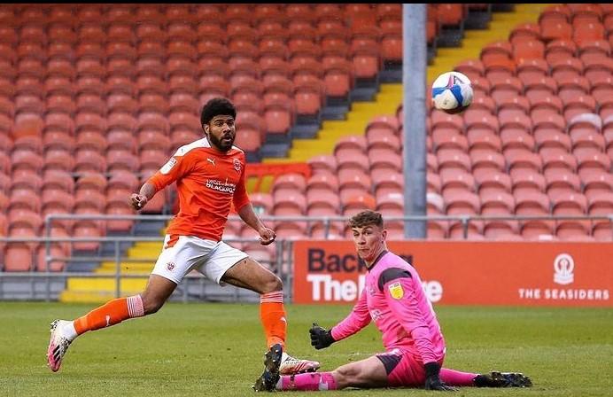 Ellis Simms Blackpool