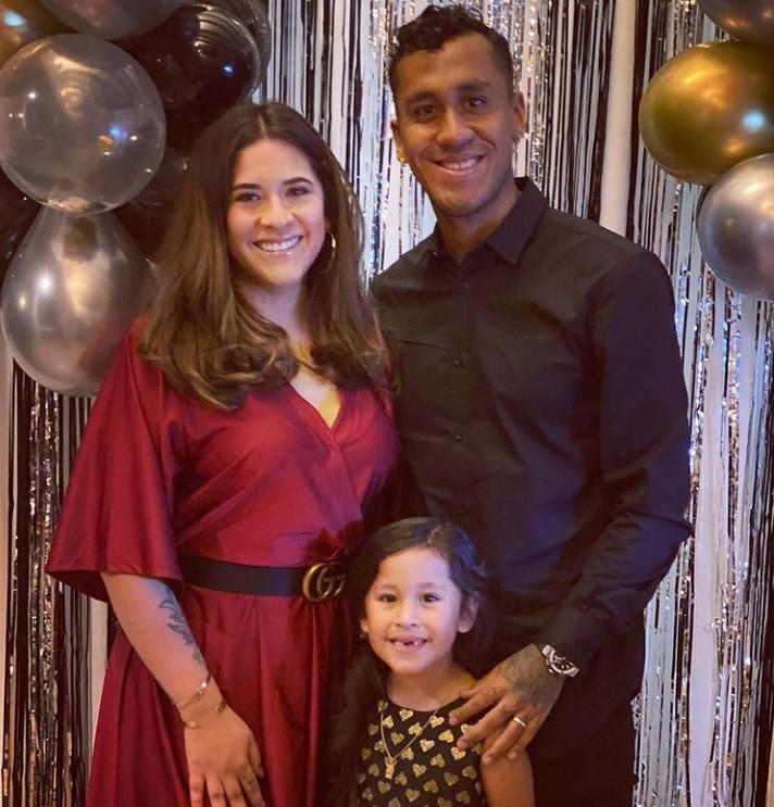Renato Tapia family