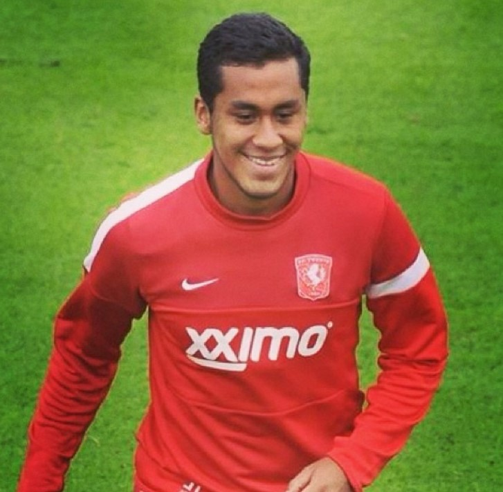 Renato Tapia Twente