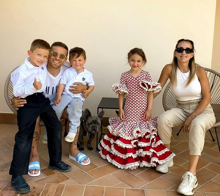 Papu Gomez family