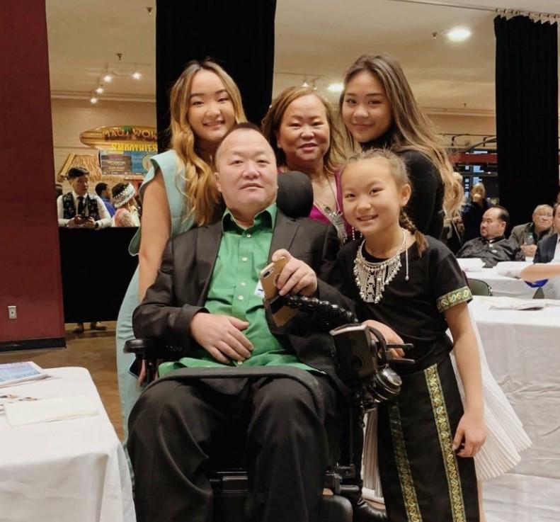 Sunisa Lee family