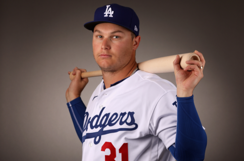 Joc Pederson signed a one-year contract with the Chicago Cubs which includes a mutual option for the 2022 season on 5th February 2021