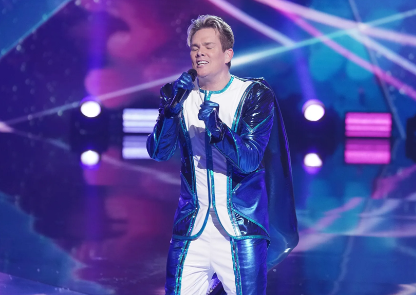 Mark McGrath competed on the fifth season of The Masked Singer as the wildcard contestant Orca