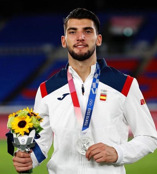 Rafa Mir Olympics