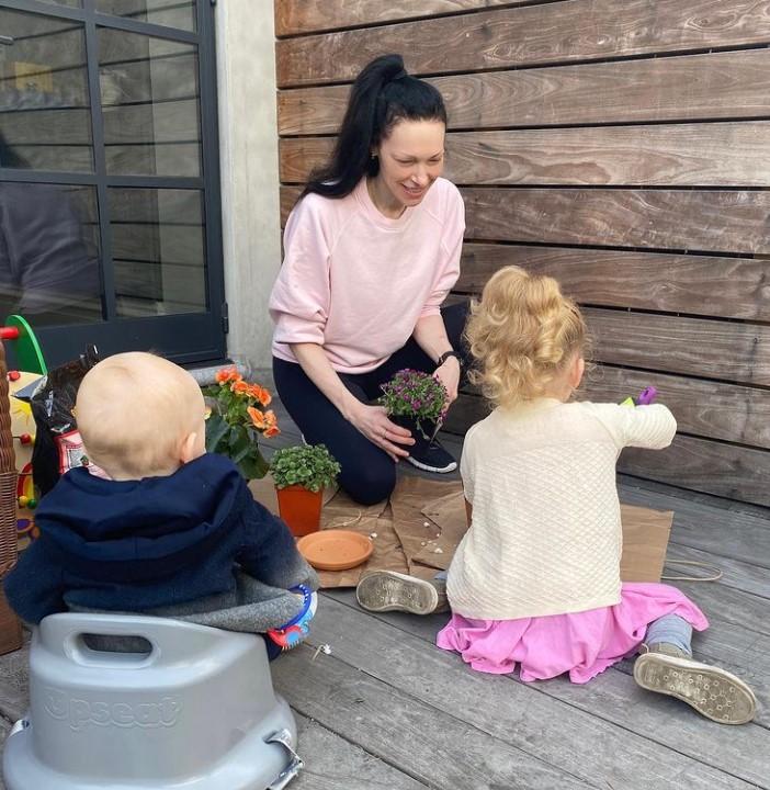 Laura Prepon kids