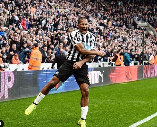 Salomon Rondon Celebrating After His Goal