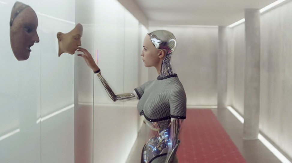 Alicia Vikander appeared in the science fiction thriller 'Ex Machina'