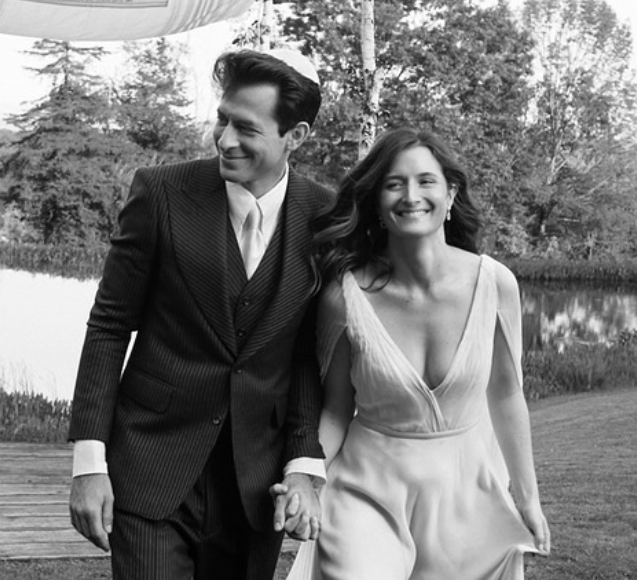 Mark Ronson with his wife, Grace Gummer