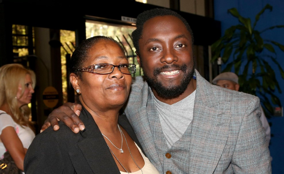 will.i.am mother