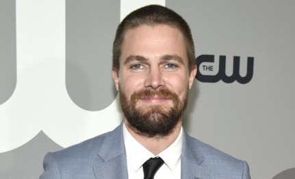 Stephen Amell Bio Net Worth Married Wife Children Brother Family Parents Nationality Facts Age Wiki Height Wwe Career Awards Movies Gossip Gist