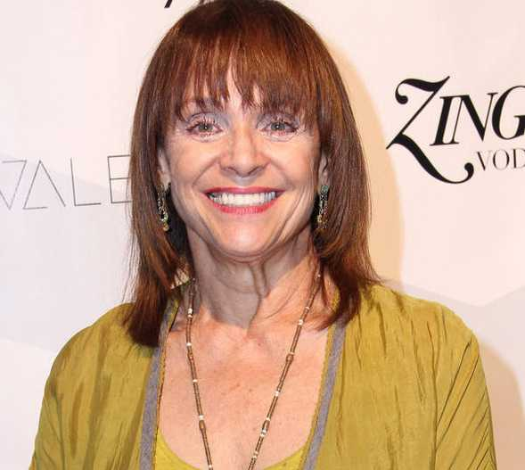 Valerie Harper Height